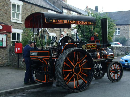 Countryman's Inn : Hunton Steam Gathering Held annually on the Second weekend of September