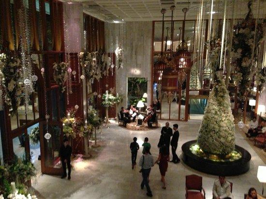 Mandarin Oriental, Bangkok: The Lobby