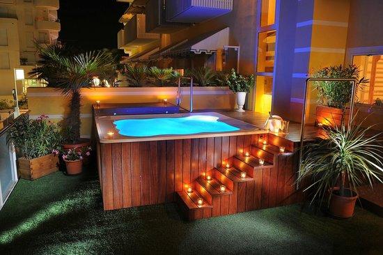 Hotel Lilia: Area Relax