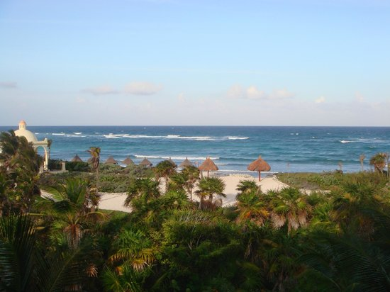Grand Bahia Principe Tulum: The stunning view from our room.