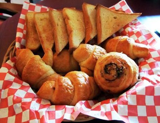 Burger Stop : Freshly baked bread for breakfast or dessert.