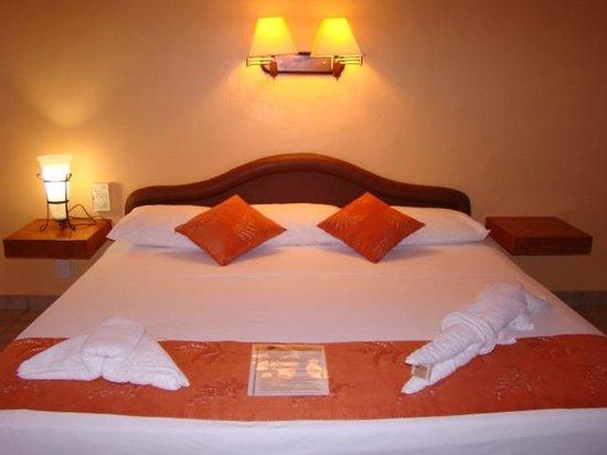 Hotel LunaSol: Chambre
