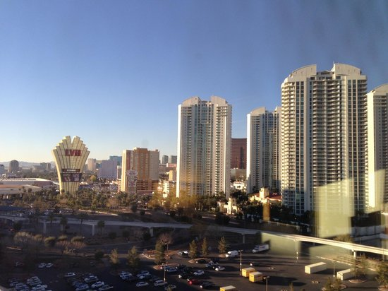Hilton Grand Vacations on Paradise (Convention Center): View from the 16th Floor