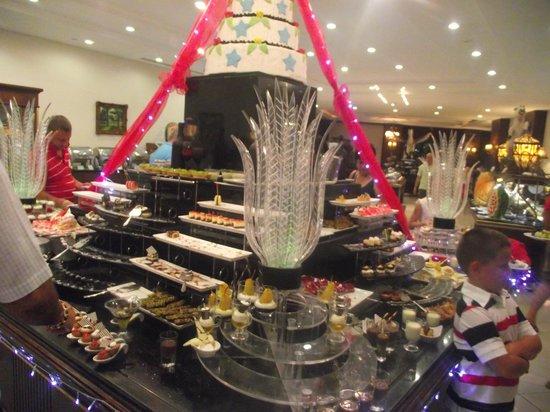 Delphin Palace Hotel: Desserts