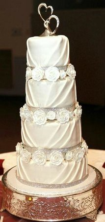 J. Noto Bakery : Our amazing wedding cake, thanks to J Noto! Love it!