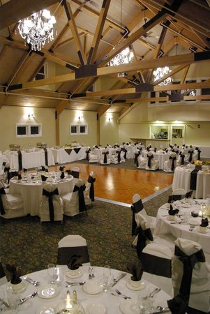 Wachusett Village Inn: Weddings