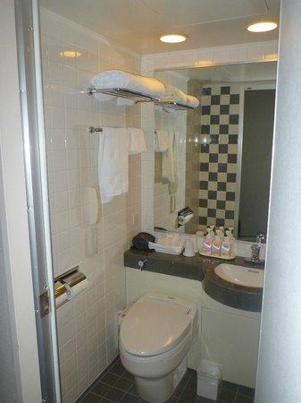 Hotel JAL City Haneda Tokyo: Shower