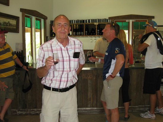 Cellar d'Or Winery Tours: Drink up