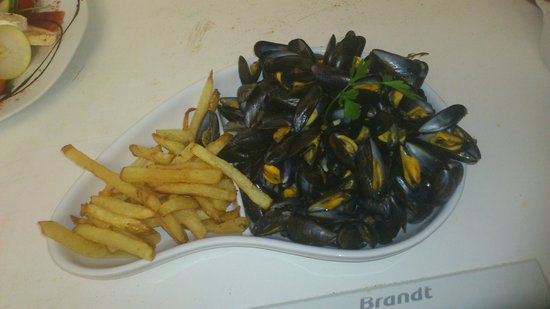 Bistrot Biarrot: moules frites maison