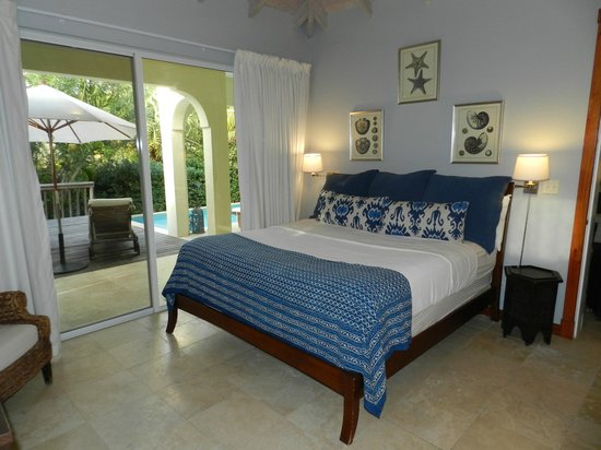 Meads Bay Beach Villas : Bedroom Villa 4
