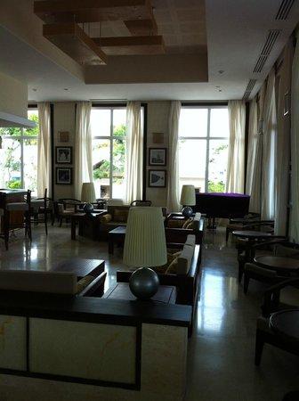Royalton Cayo Santa Maria: Piano bar du Lobby