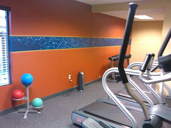 Hampton Inn Greensboro East: Fitness Center