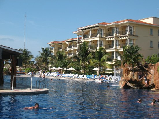 Ba o picture of hotel marina el cid spa beach resort for Bano beach resort