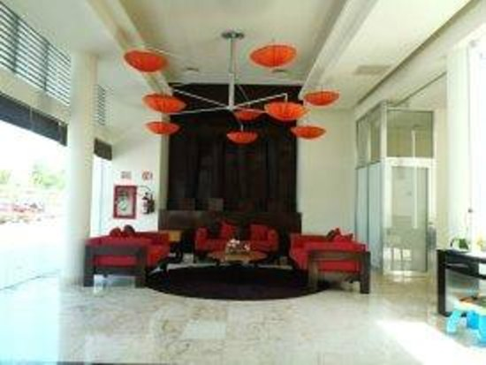 Azul Beach Resort The Fives Playa Del Carmen: Amazing lobby