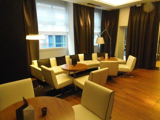 Le Grand Balcon: Lounge