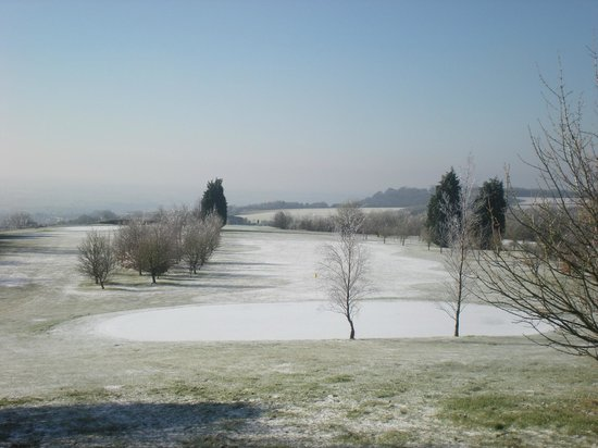 Cotswold Edge Golf Club: Looking down to the 5th hole and Wotton-Under-Edge