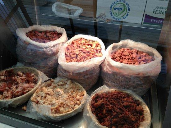 Tortas Tono: Pierna, lengua, chicharron, pancita, buche o pollo?