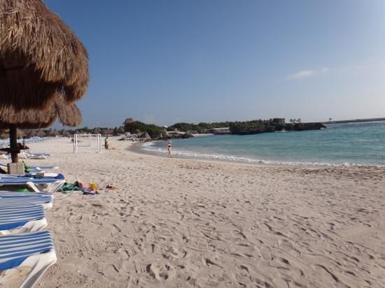 Grand Sirenis Riviera Maya Resort & Spa: Early morning at the beach