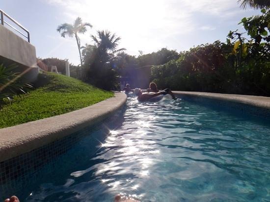 Grand Sirenis Riviera Maya Resort & Spa: Lazy River fun in the sun