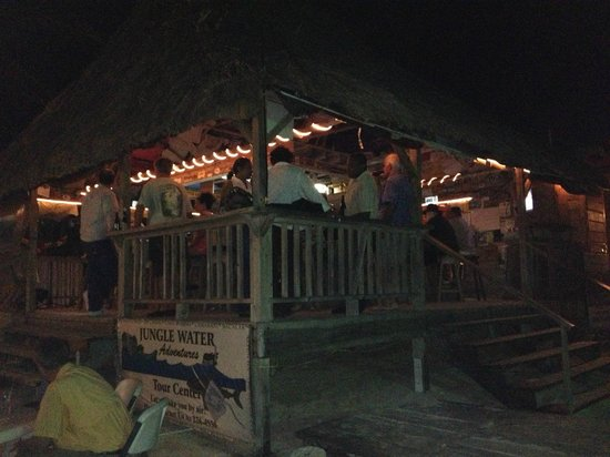 BC's Beach Bar and Grill: Great evening at BC's