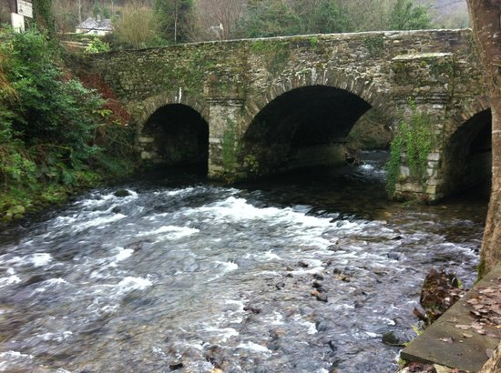 The Old Coach House: Meeting of the Waters