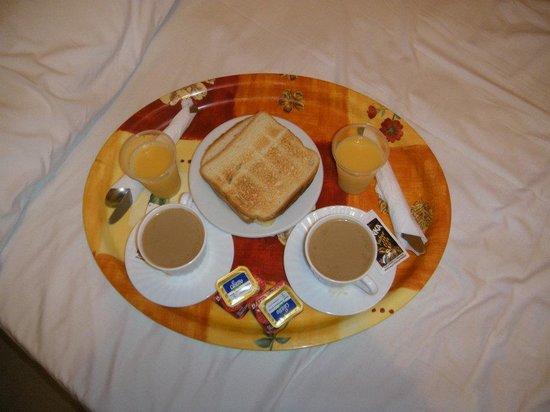 Hostal Tijcal: colazione in camera