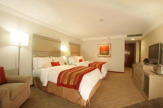 Hilton Guadalajara: Double Guestrooms