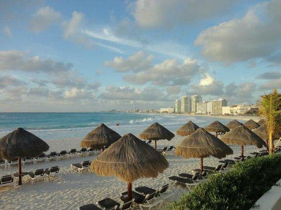 Krystal Grand Punta Cancun: More beach.