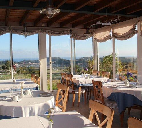 Hotel Mirador Del Sella: Salón para el desayuno