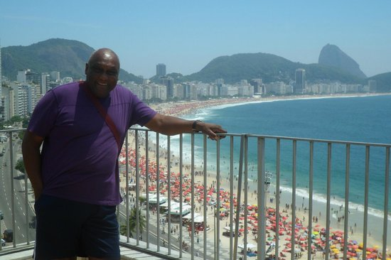 Rio Guest House ( Marta's Guest House) : Me on the Terrace overlooking Copacabana