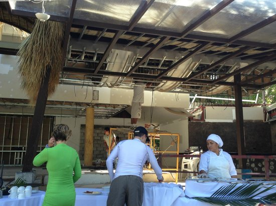 Hotel Villas Playa Samara: Gym and dining area under construction