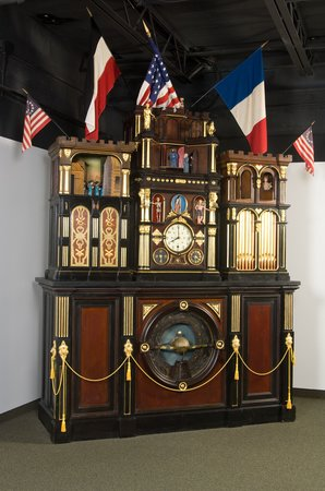 National Watch and Clock Museum: Monumental Engle Clock