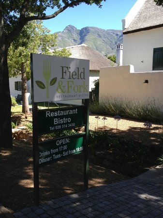 Field & Fork: Stunning backdrop to the Field and Fork restaurant, Swellendam