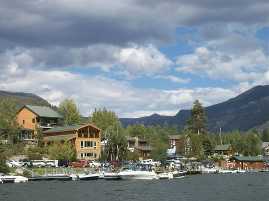 Western Riviera Lakeside Lodging & Events: Western Riviera Tree House and Lake House from boat on Grand Lake