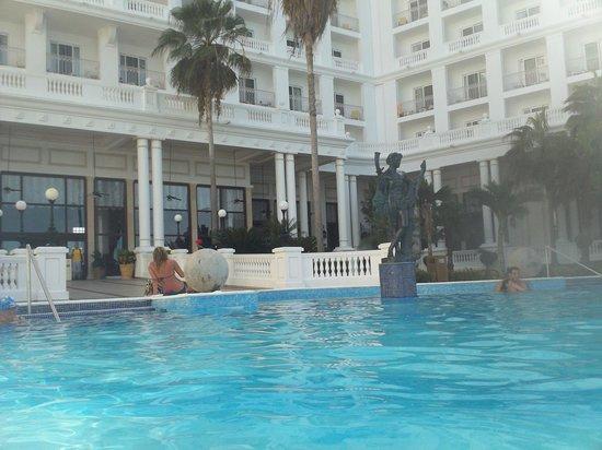 Hotel Riu Palace Las Americas: Chill pool