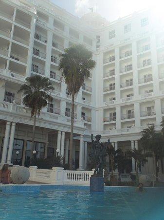 Hotel Riu Palace Las Americas: Main pool
