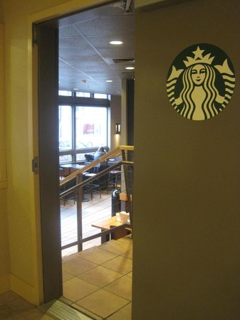 Mediterranean Inn: Starbucks off the Lobby