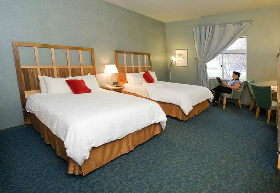 Dimond Center Hotel: Two Queens
