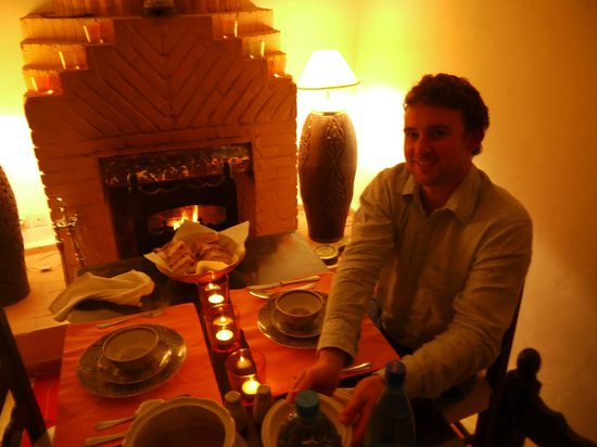 Riad Al Jana: Private dinner by the fire