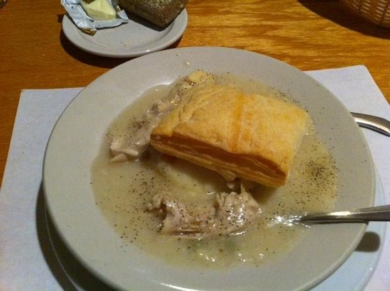 Flynn's Irish Tavern: Chicken Pot Pie - odd but good on a cold day