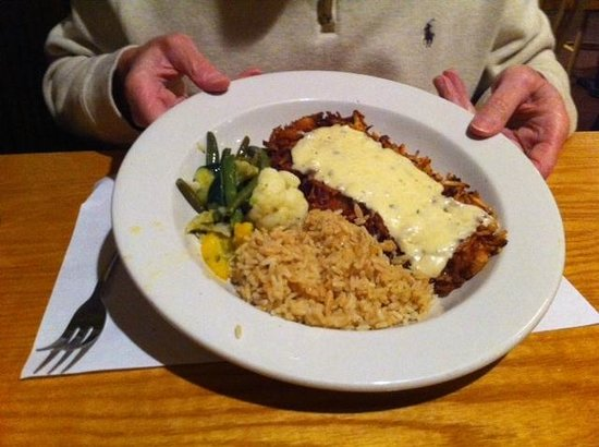 Flynn's Irish Tavern: Delicious Potato Crusted Grouper