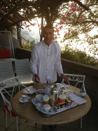 Il San Pietro di Positano: Breakfast on the suite Terrace