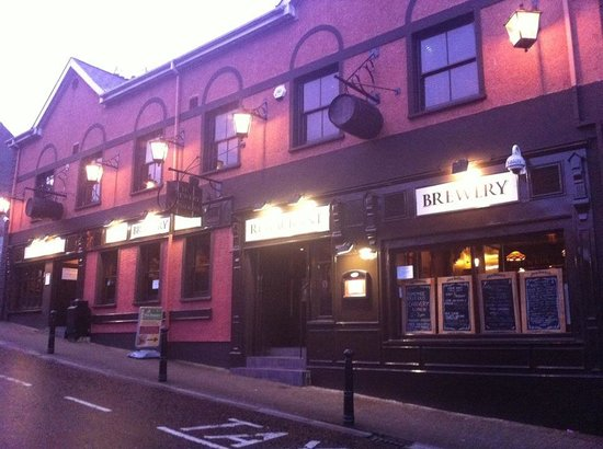 The Brewery Bar and Restaurant: Brewery Bar and Restaurant