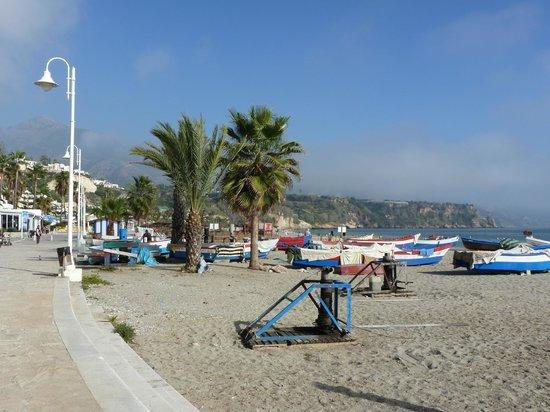 Nerja, Spain: BEACH