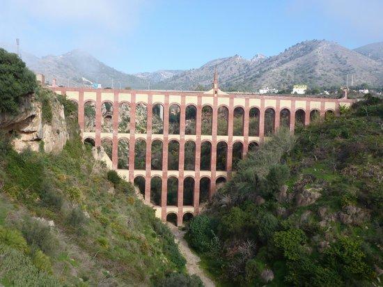 Nerja, Spain: Aqueduct on road to Maro