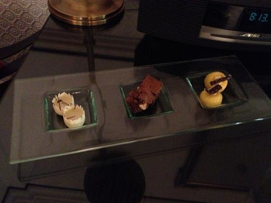 Hotel 41: welcome dessert
