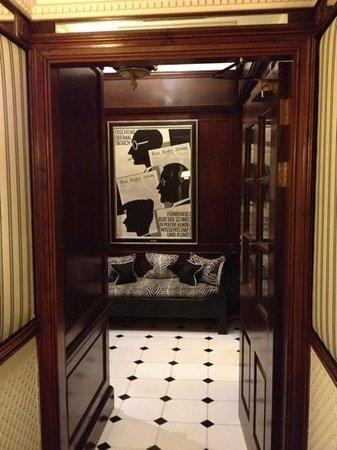 Hotel 41: hallway