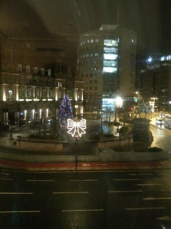 The Queens - Leeds: view of city square