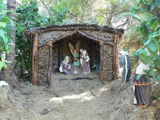 San Pablo Catholic Church: Creche in The Garden