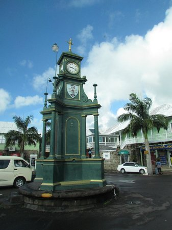 Grey's Island Excursions: Picadilly Circus, St. Kitts
